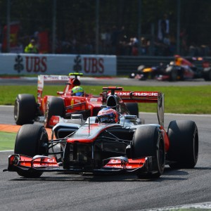 Formula One World Championship 2012, Round 13, Italian Grand Prix, Monza, Italy, Sunday 9 September 2012 - Jenson Button (GBR) McLaren MP4/27 leads Felipe Massa (BRA) Ferrari F2012.