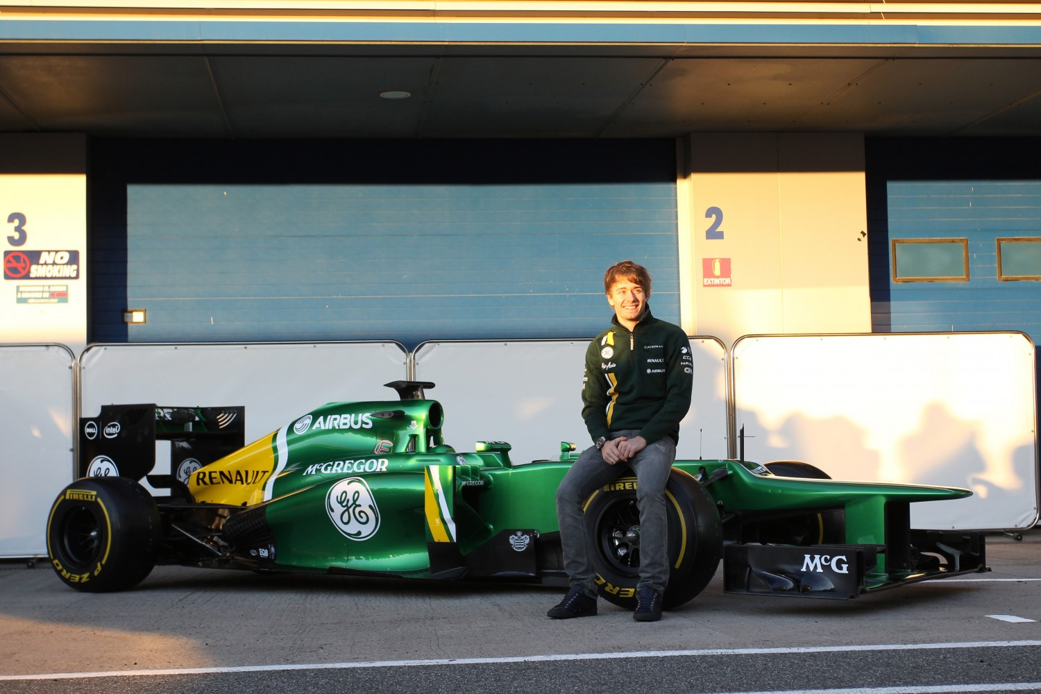 Launch Caterham CT03, Jerez de la Frontera, Spain, Tuesday 5 February 2013 - Charles Pic (FRA) Caterham with the new Caterham CT03.