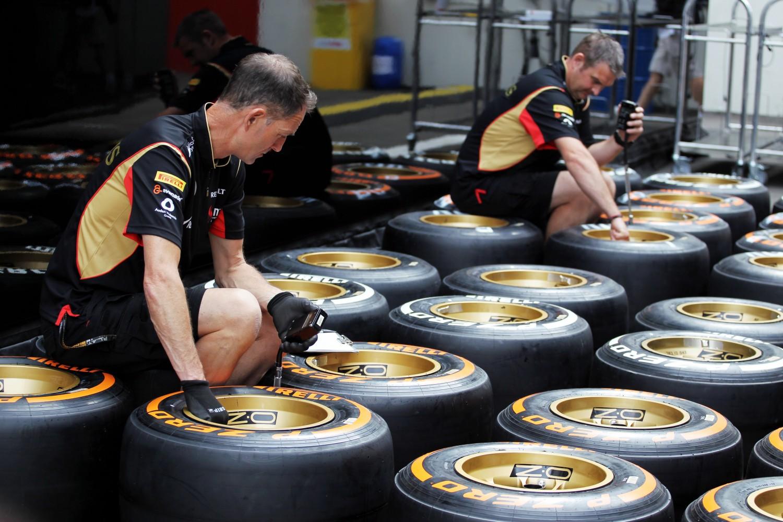Weblog: Gezeur over Pirelli