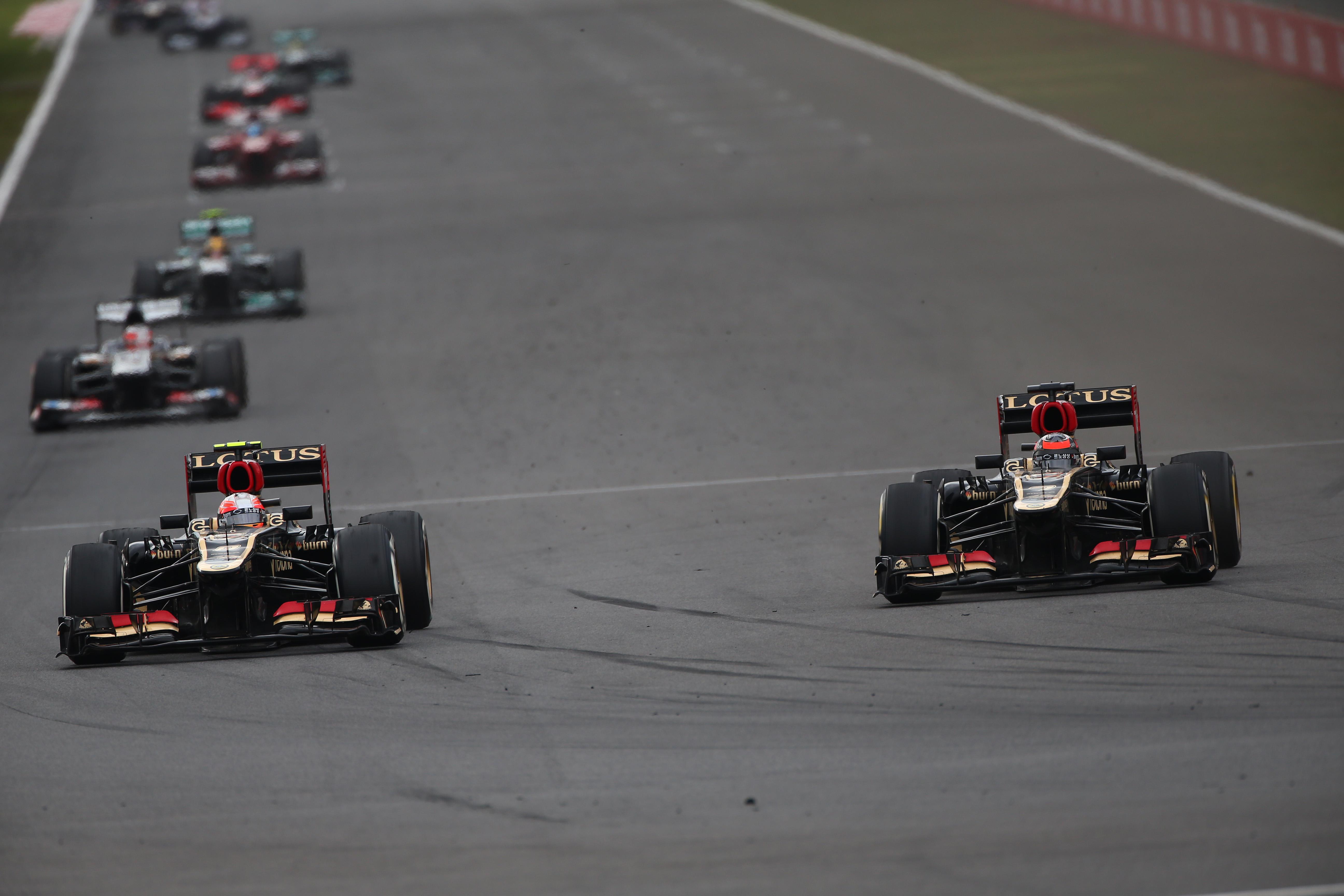 Grosjean laat zich piepelen door Räikkönen