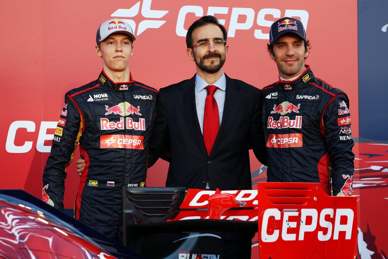 Formula One Winter Testing, Jerez, Jerez de la Frontera, Spain, Sunday 27 January 2013 - Daniil Kvyat (RUS) Scuderia Toro Rosso (Left) and team mate Daniel Ricciardo (AUS) Red Bull Racing (Right) unveil the new Scuderia Toro Rosso STR9.