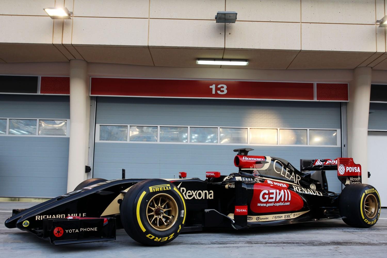 Formula One Winter Testing, Bahrain International Circuit, Sakhir, Bahrain, Thursday 20 February 2014 - The Lotus F1 E22 is officially unveiled.