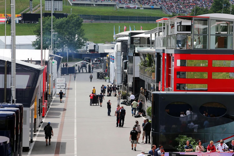 FIA-hoofdarts Saillant: 'Zelfs 10 positieve coronatesten zouden geen probleem geven'
