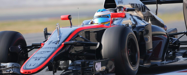 'FIA begint onderzoek naar crash Alonso'