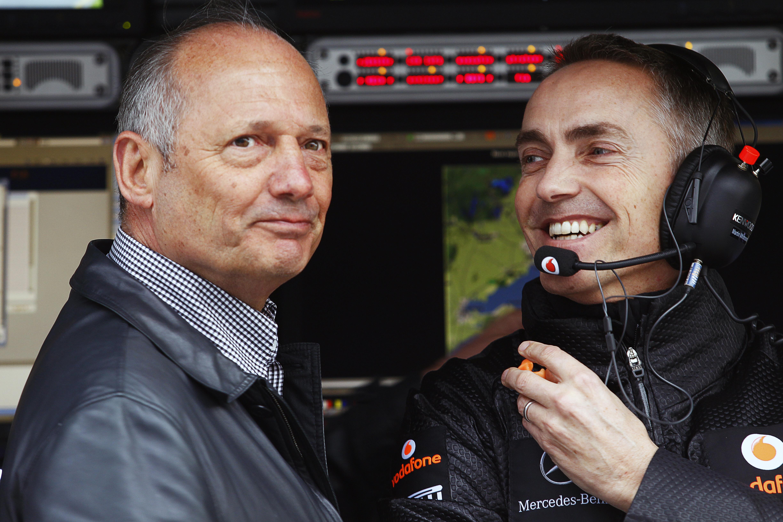 Dennis: 'McLaren betaalt prijs voor eerdere fouten'