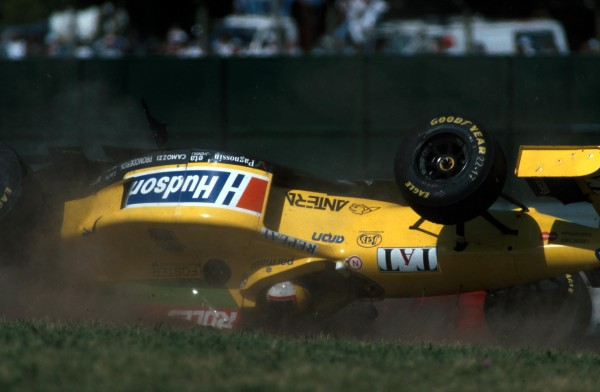 Luca Badoer(ITA) flips his Forti, luckily with no injury Argentine GP, Buenos Aires, 7 April 1996