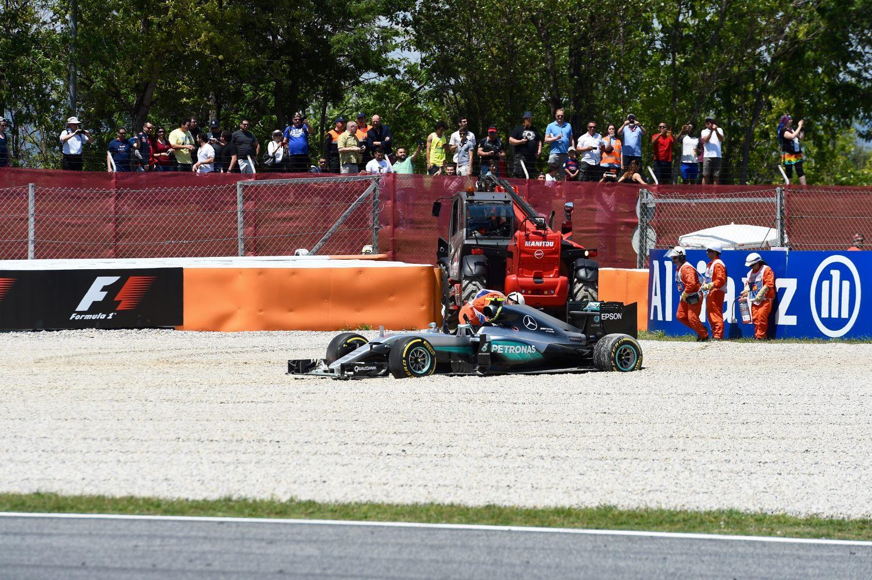 Mercedes-coureurs kapot van botsing