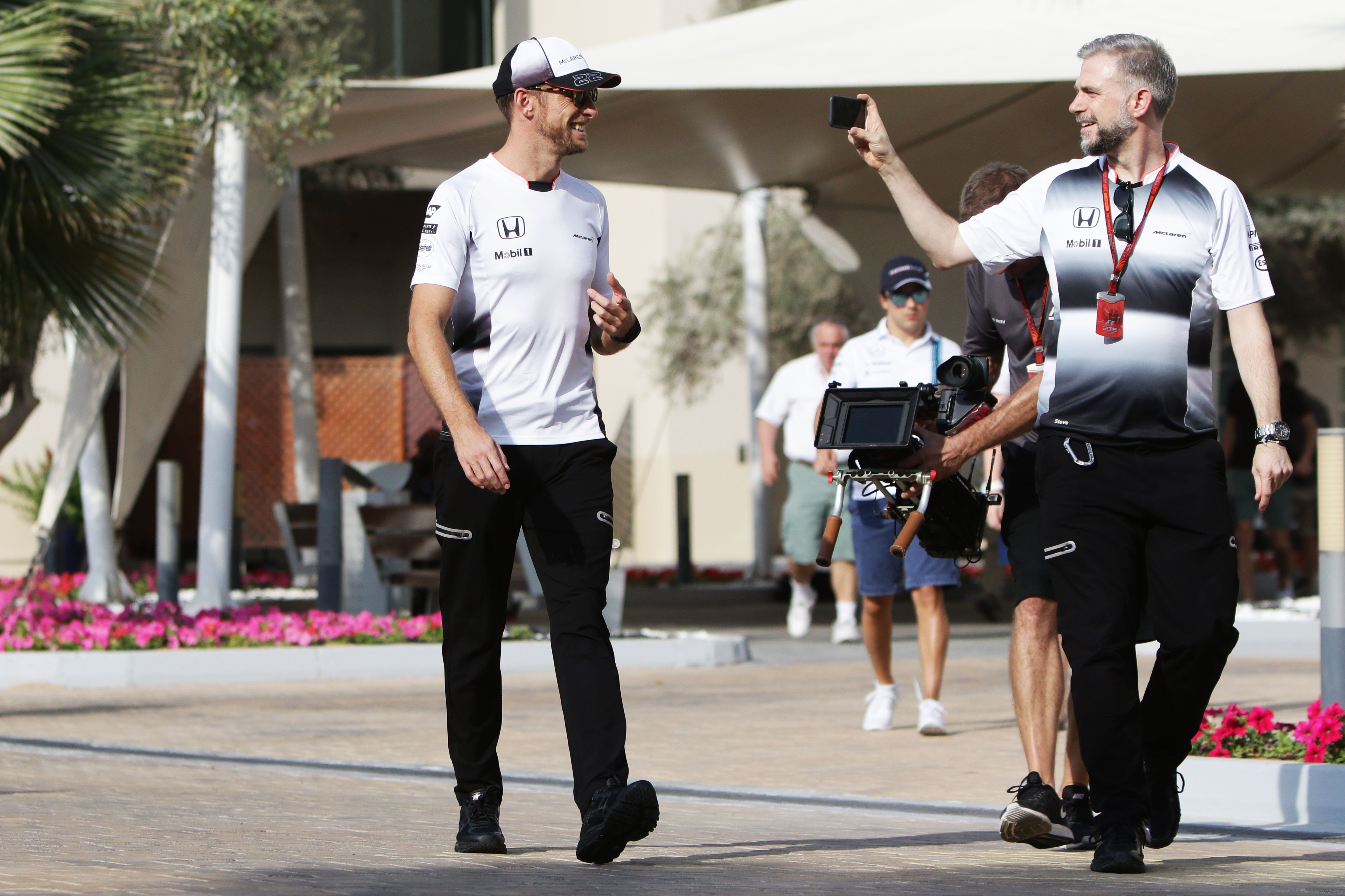 Formula One World Championship 2016, Round 21, Abu Dhabi Grand Prix, Abu Dhabi, United Arab Emirates, Thursday 24 November 2016 – Jenson Button (GBR) McLaren with Steve Cooper (GBR) McLaren Press Officer.