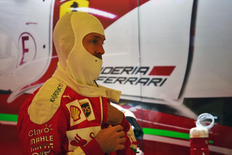 Formula One World Championship 2016, Round 21, Abu Dhabi Grand Prix, Abu Dhabi, United Arab Emirates, Friday 25 November 2016 - Sebastian Vettel (GER) Ferrari.