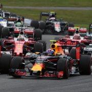 Ricciardo: 'Red Bull kan strijd met Max goed managen'