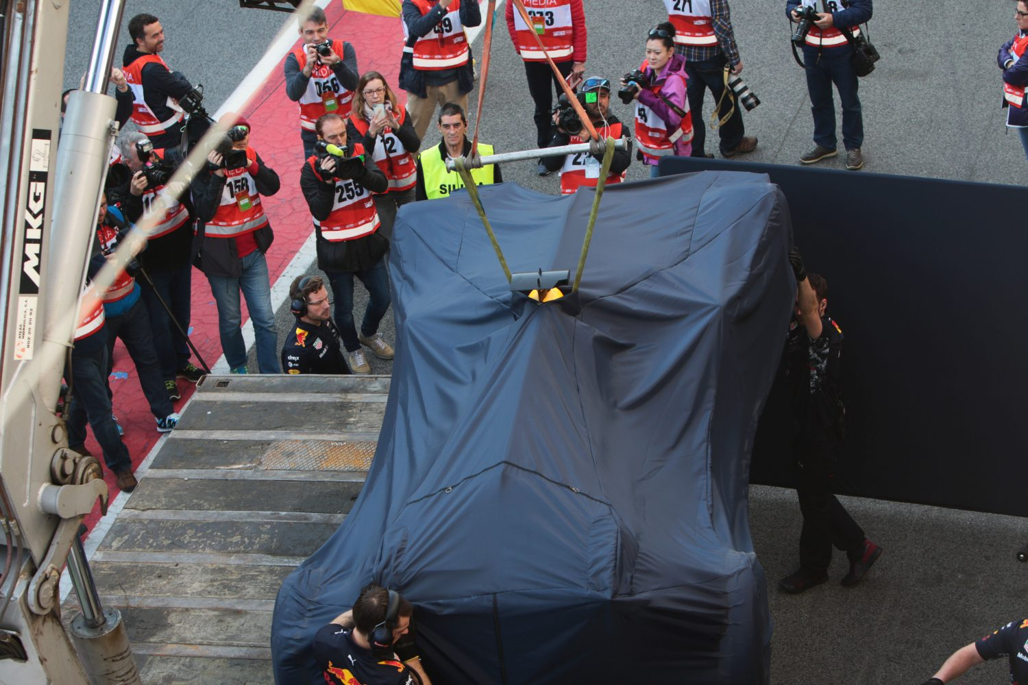 Formula One Testing, Barcelona, Circuit de Catalunya, Barcelona, Spain, Monday 27 February 2017 - The Red Bull Racing RB13 of Daniel Ricciardo (AUS) Red Bull Racing is recovered back to the pits on the back of a truck.