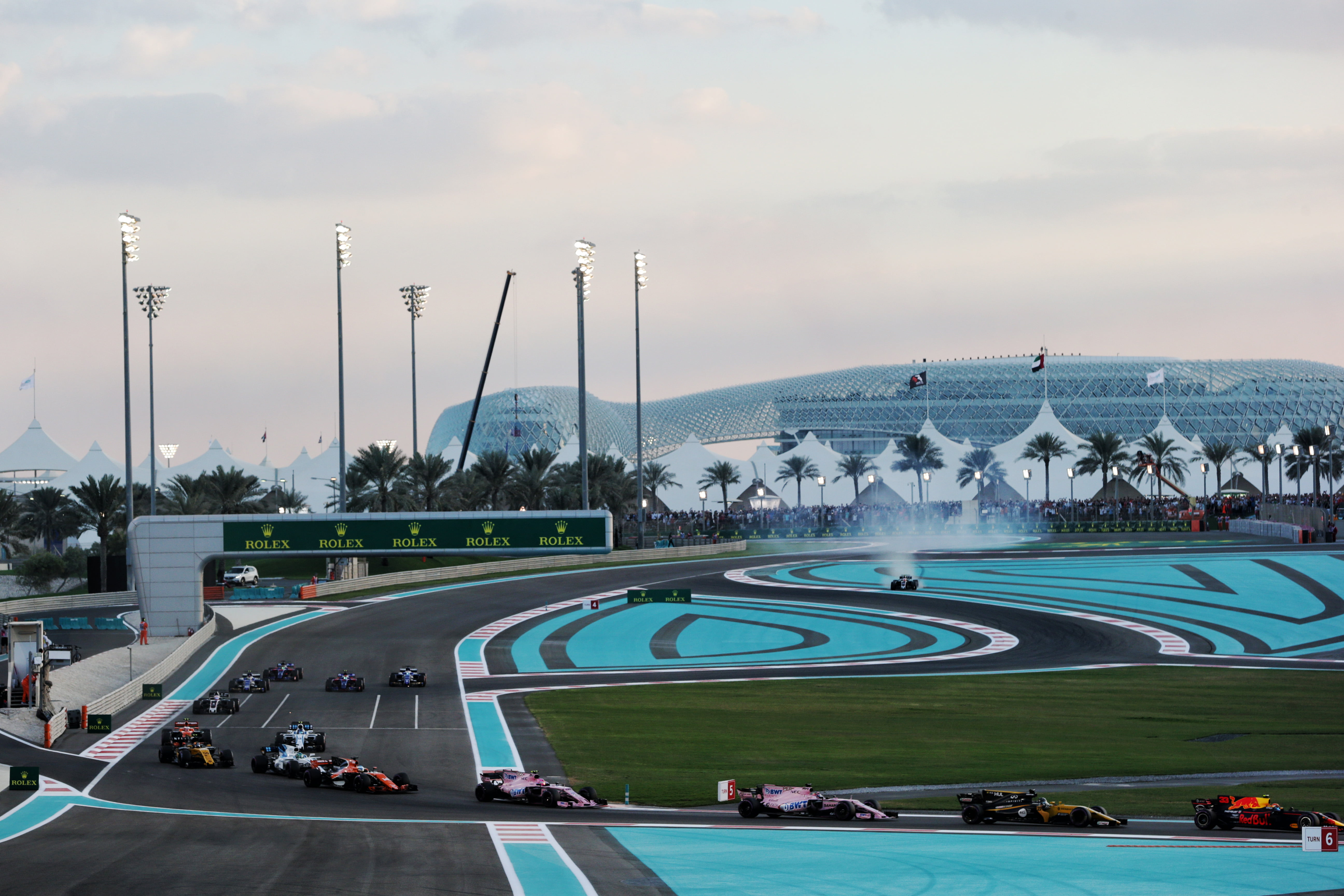Formula One World Championship 2017, Round 20, Abu Dhabi Grand Prix, Abu Dhabi, United Arab Emirates, Sunday 26 November 2017 – The start of the race.