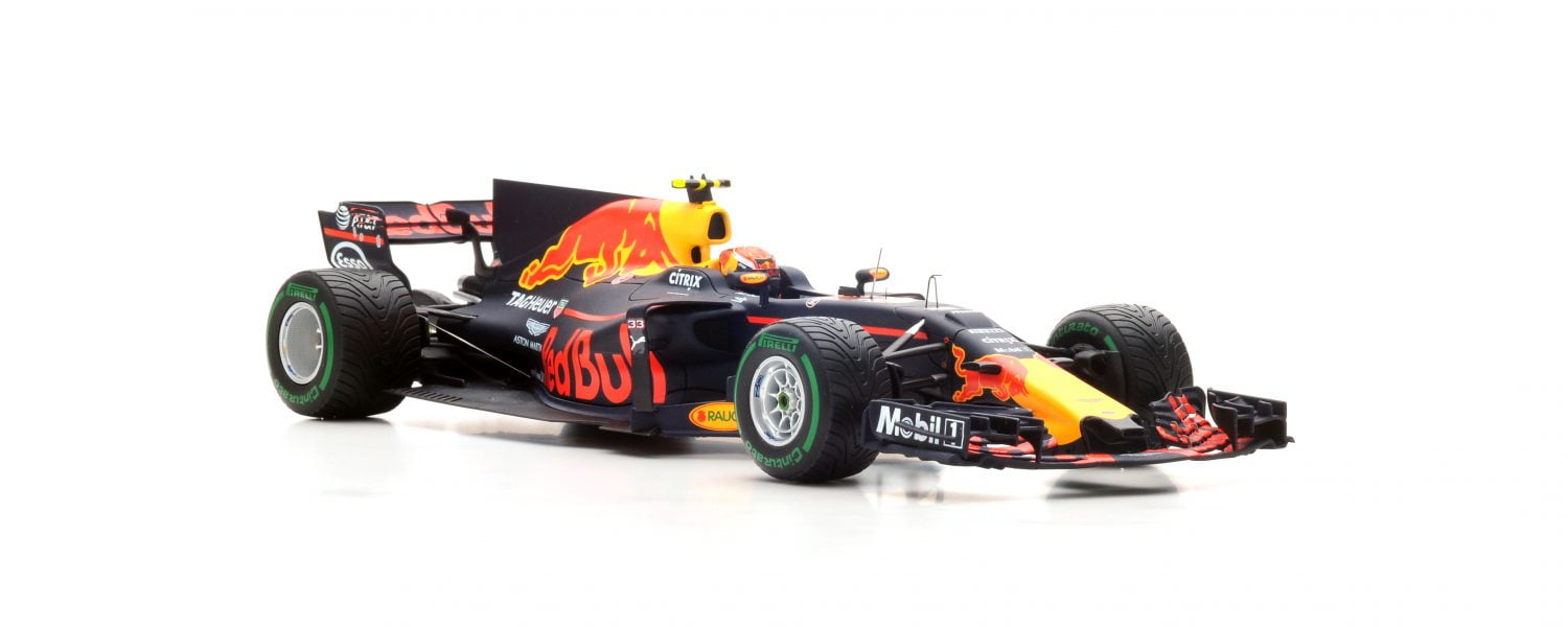 Gespot: Max Verstappen Red Bull RB13 China 2017 in 1:18