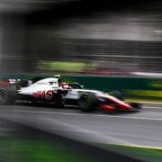 Steiner: 'Rivalen klagen over Haas omdat ze het zelf niet goed voor elkaar hebben'