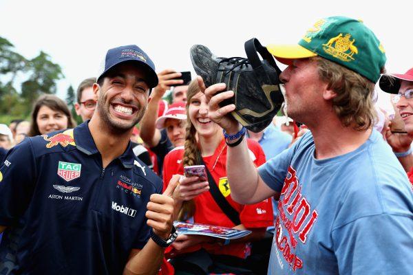 Ricciardo en fan