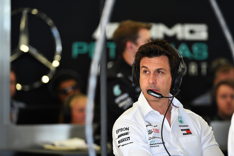 Wolff: 'Als Ferrari meer vermogen kan vinden, moeten wij daar ook toe in staat zijn'