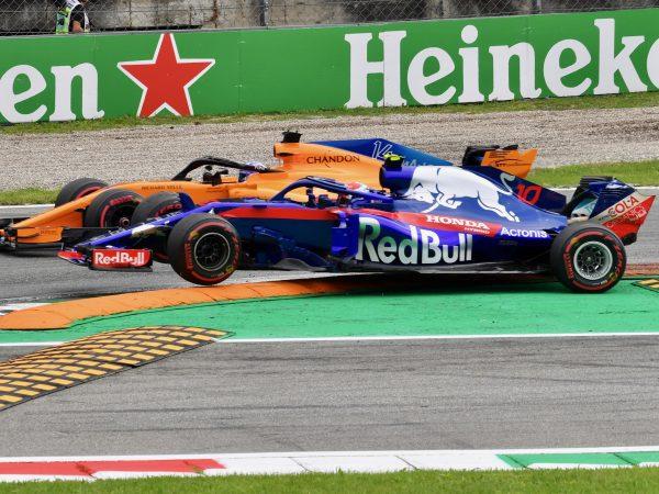 Gasly uit kritiek op Alonso: 'Hij is nog agressiever dan eerst'