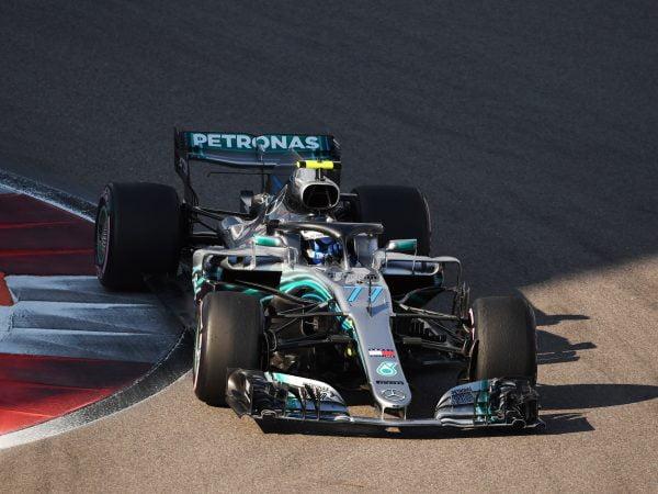 Kwalificatie: Bottas pakt pole na duel met Hamilton
