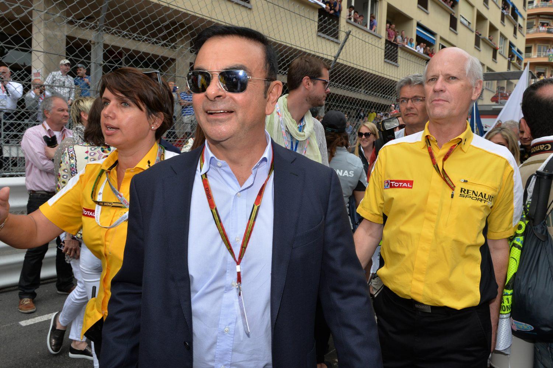 Renault-topman Ghosn wacht ontslag te midden van fraudezaak