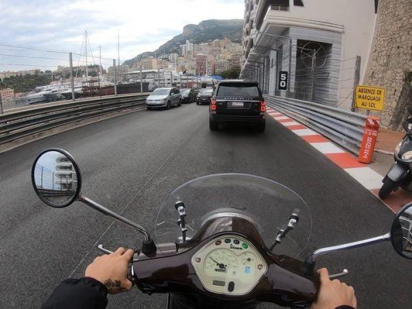 Backstage: onderweg naar Monaco