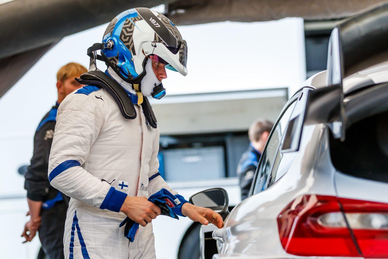 Bottas: 'Rally niet alleen maar voor de lol, ik leer er elke keer van'