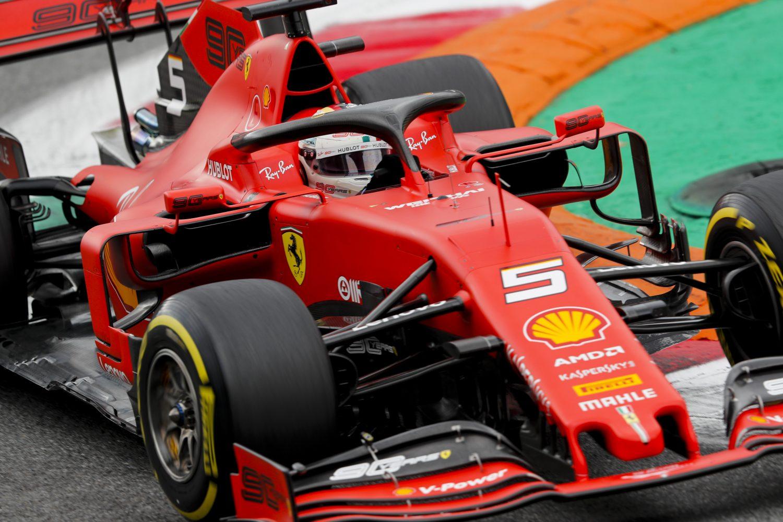 Wolff neemt het op voor Vettel: 'Moeten hem nog niet afschrijven'