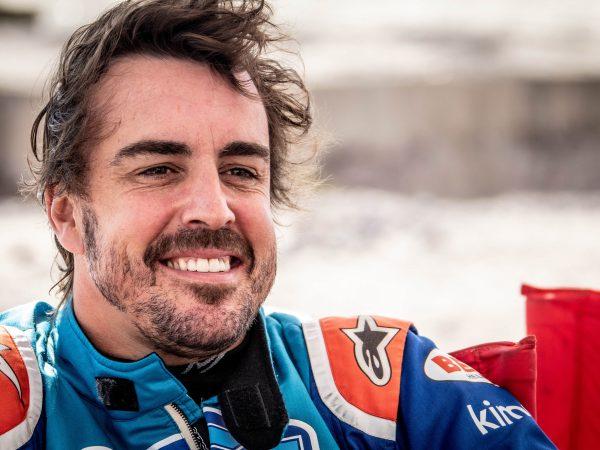 Alonso geniet van Verstappen: 'Hij zit altijd in de aanvalsmodus'