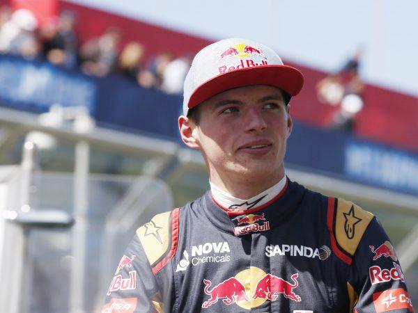 49 dagen tot groen licht: Max Verstappen scoort 49 punten in debuutseizoen