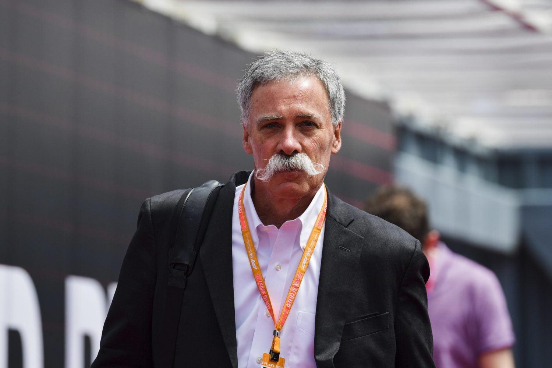 F1-organisatie volgt voorbeeld teams en stuurt personeel met verlof, ook Carey levert in