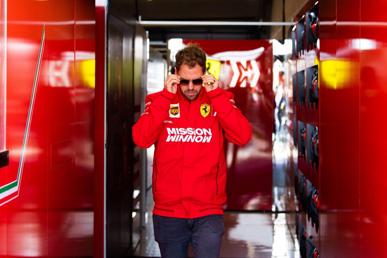 Van kopman tot exit: hoe Vettel in een jaar tijd zijn Ferrari-droom uit het zicht verloor
