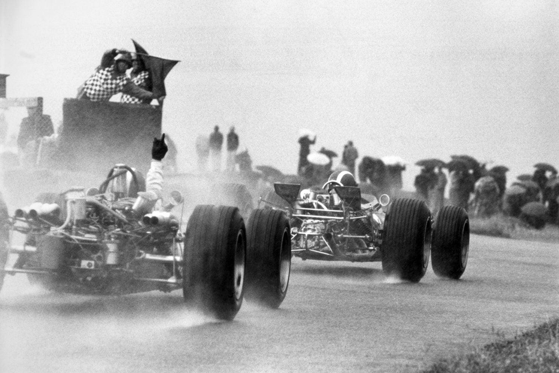 Terug naar Zandvoort: 1968, een echte regenrace in typisch Nederlands weer
