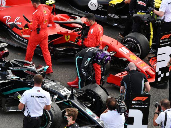 Rondje buitenlandse media: 'Dankbetuiging aan Pirelli' en 'Red Bull geeft het weg'
